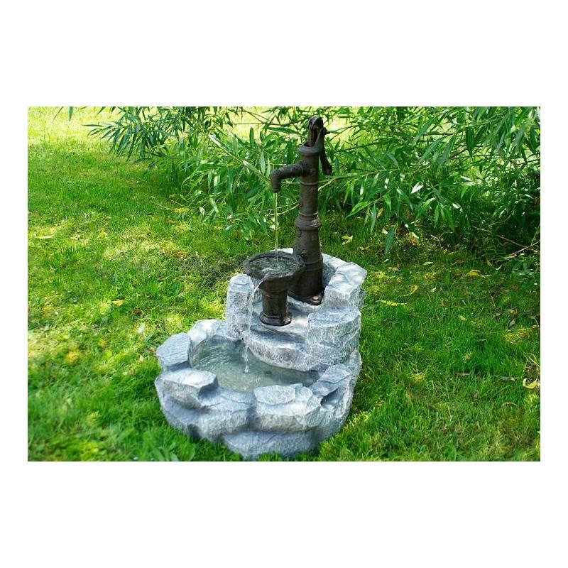 Fontana da giardino con pompa a mano mdm arredo mobili for Complementi da giardino